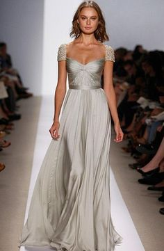 Reem Acra - Sweetheart Sheath Gown in Silk
