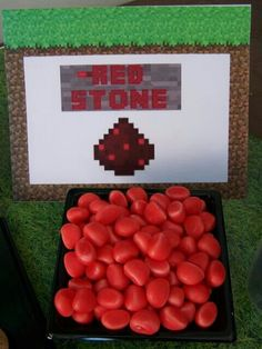 Little red sweet redstone pieces for a boys party