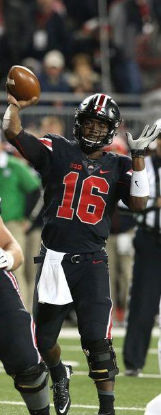 J.T. Barrett #16 } ******************* Ohio State Football #GoBucks #Blackout