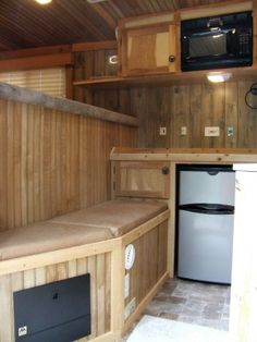 hmmm nice idea, a place for the kids to wait while I ride. all I'd need is a bathroom, tv and ac...Tons of DIY Living Quarters Ideas
