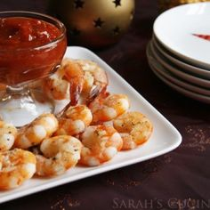 This quick and easy last-minute appetizer recipe for Roasted Shrimp Cocktail with Spicy Sriracha Cocktail Sauce makes a crowd-pleasing appetizer. Cocktail Sauce, Cocktail Recipes, Best Appetizers, Appetizer Recipes, Holiday Appetizers, My Favorite Food, Favorite Recipes, Whole Food Recipes, Cooking Recipes