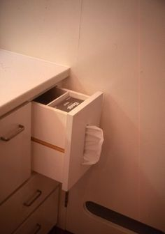 Built in tissue compartment in vanity drawer. Laundry In Bathroom, Washroom, Future House, Home Hacks, My New Room, Kitchen Organization, Home Renovation, Home Interior Design, House Design