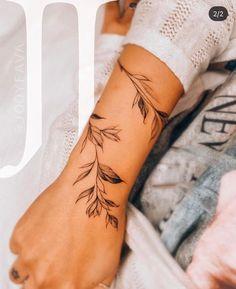 Wörter Tattoos, Vine Tattoos, Dainty Tattoos, Ribbon Tattoos, Pretty Tattoos, Body Art Tattoos, Small Tattoos, Sleeve Tattoos, Tattos