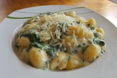 Gnocchi in Spinatkäsesoße, ein schmackhaftes Rezept aus der Kategorie Gemüse. Bewertungen: 159. Durchschnitt: Ø 4,3.