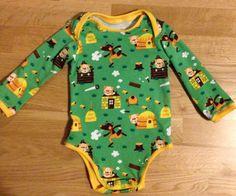Baby-Body: Regenbogenbody von Schnabelina mit einem Jersey von Lillestoff.