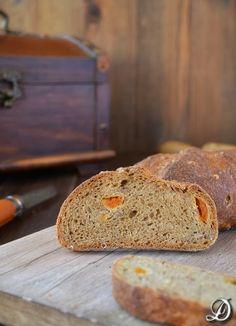 Pan Integral con Albaricoque y Granos de Trigo - Disfrutando de la comida