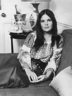 Ali McGraw (1971)