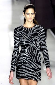I'd so wear this…can never have too much sparkle!