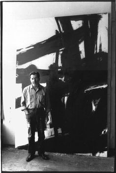 ( American artist Franz Kline in his studio photographed by John Cohen. via art history about abstract expressionism Franz Kline, Willem De Kooning, Action Painting, Painting Art, Painting Lessons, Robert Motherwell, Picasso Paintings, Art Moderne, Henri Matisse