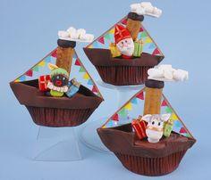 #Stoomboot #cupcakes. Voor als je lekker veel tijd hebt of samen met je kids wilt #knutselen