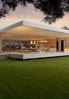 Modern house design - The Most Minimalist House Ever Designed The Glass Pavilion modern home design dream home design architecture Pavilion Architecture, Amazing Architecture, Interior Architecture, Mobile Architecture, Modern Interior, Minimalist Interior, Landscape Architecture, Minimalist Home Design, California Architecture