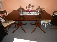 Twitter / MnmthStEmporium: Gilded table, affordable price!