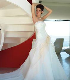 Abito da sposa semiampio drappeggiato sfumato - Valentini Spose - Egò spose, abiti da sposa lecce, abiti da sposa puglia