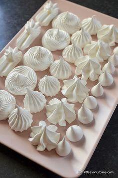 reteta bezele de casa albusuri ramase Romanian Desserts, Romanian Food, Cake Recipes, Dessert Recipes, Delicious Desserts, Yummy Food, Gluten Free Cakes, Pastry Cake, Pavlova