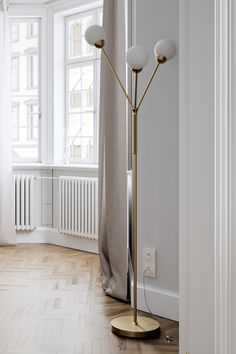 floorlamp is a beautiful, sleek floor lamp with a constant, harmonious and glare-free light. The lamp is designed by Anders Eriksson Scandinavian Floor Lamps, Scandinavian Kitchen, Eclectic Modern, Modern Traditional, Rustic Industrial, Interior Lighting, Wall Design, Flooring, Lights