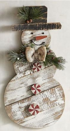 Primitive wood crafts patterns wooden snowmen 53 ideas – Weihnachten – – Keep up with the times. Winter Wood Crafts, Christmas Wood Crafts, Pallet Christmas, Noel Christmas, Christmas Signs, Christmas Projects, Holiday Crafts, Christmas Ornaments, Country Christmas