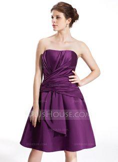 Vestidos princesa/ Formato A Coração Joelho de comprimento Cetim Vestido de madrinha com Pregueado (007026279)