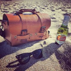 #Annoni #AnnoniBags #BuenosAires #Carilo #Argentina #TomBag #Beer #Viernes #Friday #Beach