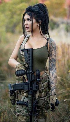 70 ideas for tattoo frauen oberschenkel waffe Mädchen In Uniform, Military Girl, Female Soldier, Army Soldier, Warrior Girl, Military Women, Airsoft, Girl Tattoos, Tattoo Girls