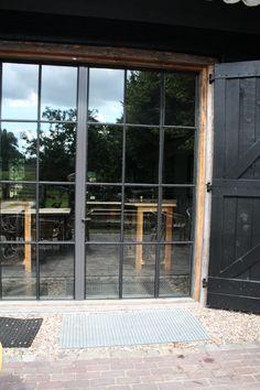 keuken? French Door Windows, Windows And Doors, French Doors, Restored Farmhouse, Belgian Style, Shutter Doors, Rustic Contemporary, Farms Living, Steel Doors