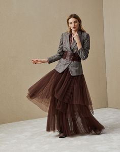 Fashion Tips Quotes .Fashion Tips Quotes Fashion Week, Look Fashion, Skirt Fashion, Runway Fashion, High Fashion, Autumn Fashion, Fashion Dresses, Womens Fashion, Fashion Design
