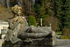 A statue in front of Peles Castle Sinaia Peles Castle, Mount Rushmore, Lion Sculpture, Places To Visit, Statue, Mountains, Travel, Art, Art Background