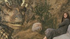 Kara and Draco from Dragonheart. I loved this part Fantasy Movies, Sci Fi Movies, Dragon Heart, Dragon Pictures, Oral History, Animal Projects, Creature Design, Feature Film, Light In The Dark