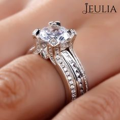 Breathtaking Princess Cut Engagement Rings ❤ Find Your Unique Designer Rings. Be Different. Be Unique. Gorgeous inlay engagement rings, handmade in the US, made just for you. Choose your inlay stone, metal and diamond for a truly unique look. Jeulia Interchangeable 2.0 CT Round Cut Created White Sapphire Wedding Set 2.88CT TW | The Jeulia Jewelry #JeuliaJewelry