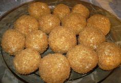 Túrógombóc 16. - főzés nélkül Hungarian Recipes, Hungarian Food, Sweet Cookies, Cottage Cheese, Dumplings, Cake Recipes, Muffin, Food And Drink, Gluten Free