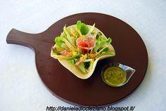 http://danieladiocleziano.blogspot.it/2012/04/cestino-di-insalata-con-asparagi-uova-e.html