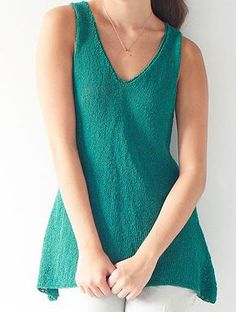 Free Knitting Pattern for Easy Filia Top - This easy sleeveless tank features a wide, draping hem. Designed by Amy Christoffers for Berroco. Summer Knitting, Easy Knitting, Loom Knitting, Knitting Patterns Free, Tunic Pattern, Top Pattern, Tear, How To Purl Knit, Amy