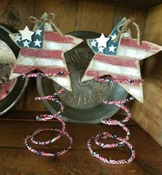 Americana Crafts, Patriotic Crafts, Country Crafts, July Crafts, Primitive Crafts, Bed Spring Crafts, Spring Projects, Spring Art, Summer Crafts