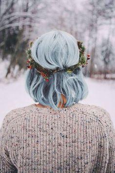 Blue hair with wreath.