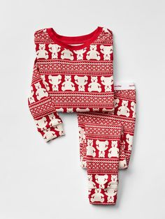 gap always makes great pajamas for baby and toddler we love these coordinating sets a preppy buffalo plaid set for boys 3695