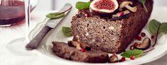 Tämän herkullisen pateen voit laittaa tarjolle kuumana, haaleana tai kylmänä. Lisäkkeiksi maistuvat paistetut sienet, tuoreet viikunat ja raikas salaatti. Meatloaf, Food, Meal, Essen, Hoods, Meals, Eten