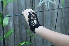 steampunk fingerless black gloves SM/MD door lilliemaessteamtrunk, $15.00