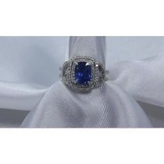 natural-blue-sapphire-ring-video-2882.MOV By Sapphire Ring Co where natural sapphire rings at wholesale prices 727 797 0007 or visit our trade store @ www.sapphireringco.com