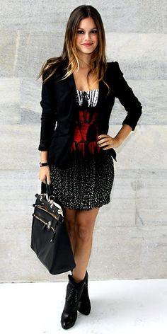 rachel bilson. i love the dress. http://www.noellesnakedtruth.com/