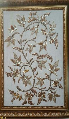 Couture Embroidery, Embroidery Motifs, Gold Embroidery, Machine Embroidery, Embroidery Suits Design, Embroidery Designs, Baroque Design, Gold Work, Henna Patterns