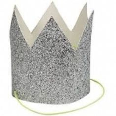 These fun mini party crowns will add a silver shimmer to your seasonal celebration. Each crown is crafted using silver glitter fabric and finished with a neon yellow tie. Pack contains 8 party crowns. Birthday Party Hats, Circus Birthday, 25th Birthday, Baby Birthday, Seasonal Celebration, Silvester Party, Glitter Party, Party Kit, Party Ideas