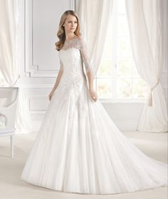 MIMOSA wedding dress from the Glamour 2015 - La Sposa collection | La Sposa