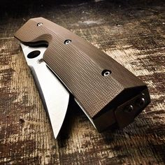 Spyderco Nilakka #spyderco #spydercoknives #knife #knives #edc #knifeporn #knifepics #knifecommunity #knifestagram #knifecollection #knifenut #knifenuts #knifefanatics #usnfollow #knifegasm #everydaycarry #everyday_tactical #knifelife #knifeaddict #knivesdaily #knivesofig #bestknivesofig #pocketknife #usnstagram #knifeart #knifecollector #edcknife