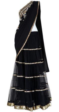 sabyasachi black lahenga saree so elegant! Indian Bridal Wear, Indian Wear, Indian Style, Indian Dresses, Indian Outfits, Indian Clothes, Desi Wear, Lahenga, Saree Dress