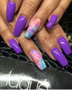 Since we're doing snakes and nails, I decided to match my dream snake that I picked up today. Fabulous Nails, Gorgeous Nails, Pretty Nails, Amazing Nails, French Nails Glitter, Fancy Nails, Hot Nails, Purple Nails, Creative Nails