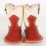 Baby cowboy boots, cutest thing ever~ if I'd had a little girl she would have lived in these boots... <3
