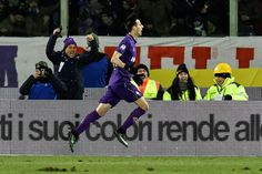 Juventus beaten as Kalinic paves way for Viola   Milan (AFP)  Fiorentina blew a hole in Juventuss title hopes with a shock 2-1 win in Florence on Sunday as Nikola Kalinic reassured fans troubled by a possible move to China with a superb first-half opener.  Winning coach Paulo Sousa was riled up Saturday after hearing Massimiliano Allegri claim that Juve were coming to take command at the Artemio Franchi stadium.  After a dominant first half that saw Fiorentina miss a host of solid chances it…