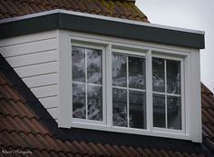 dakkapel binnenkant raamverdeling - Google zoeken Windows, Google, Home, Ad Home, Homes, Haus, Ramen, Window, Houses