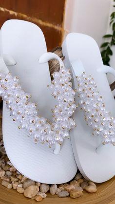 Cute Shoes Flats, Lv Shoes, Pretty Shoes, Bling Flip Flops, Bridal Flip Flops, Bling Sandals, Bling Shoes, Beaded Shoes, Embellished Shoes