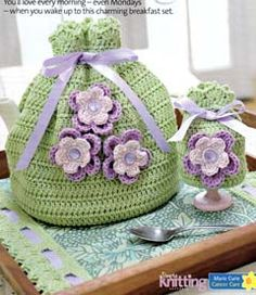 crocheted tea cosy - site with lots of old & used crochet patterns to buy