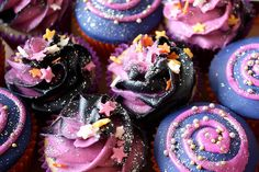 Firework cupcakes..prehaps use popping candy,glitter and candy stars!!